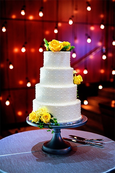 Wedding cake at the FORUM Events Center, Fishers event venue