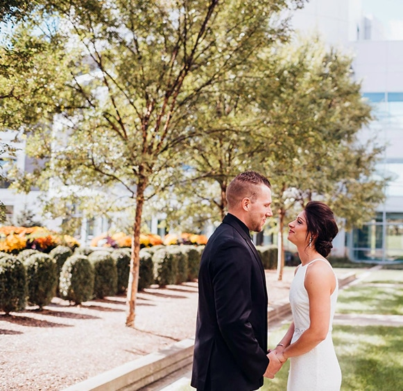 Bride and groom in courtyard at FORUM Events Center, Fishers event venue